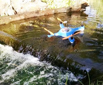 Drone anfibio para pesca Aquadrone