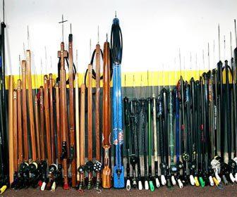 Muchos fusiles de pescasub