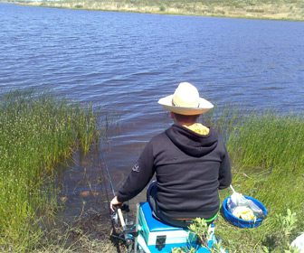 Pesca a la inglesa en rio
