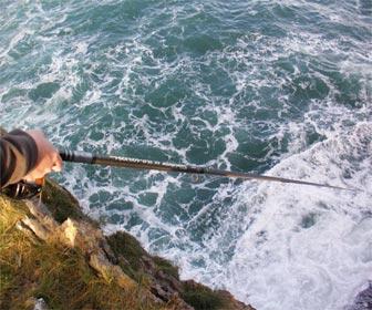 Pesca dentones desde acantilados