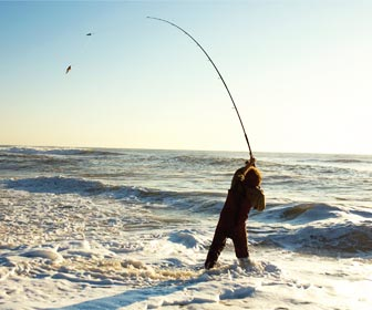 Surfcasting lances desde playa